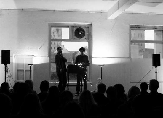 Poetry Slam im Raum für Kunst